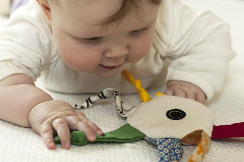 Развивающая игрушка для малыша  Солнышко своими руками мастер класс