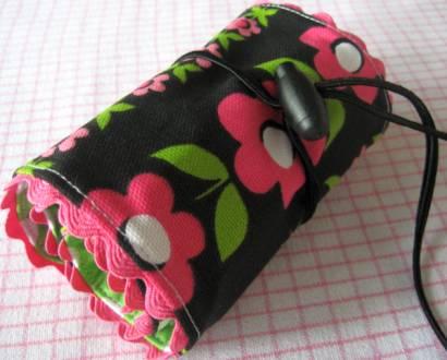 маленькие сумки через плече с длинной ручкой