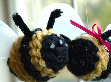 Cделать пчелу своими руками