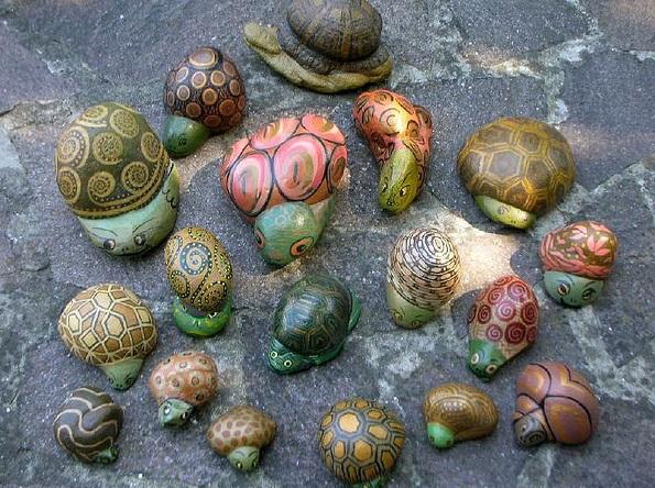 Животные из камней