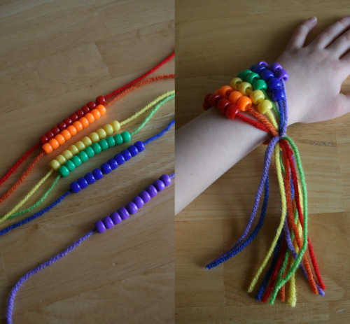 Как сделать своими руками браслеты из пряжи
