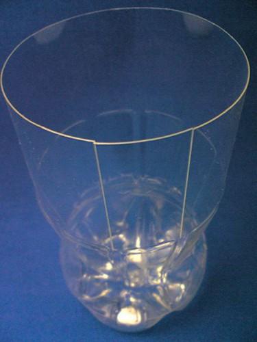 Ваза из пластиковой бутылки (15)