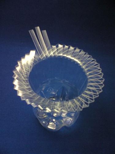 Ваза из пластиковой бутылки (4)
