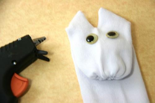 как сделать игрушки +из носков (5)