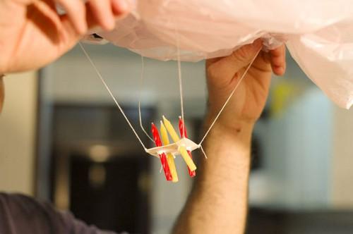 Сделать китайский фонарик своими руками (4)