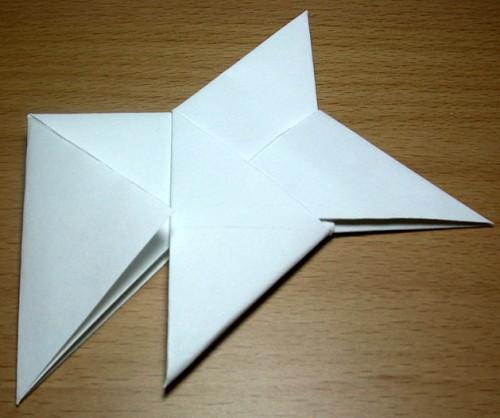 Как сделать из бумаги звезду (1)