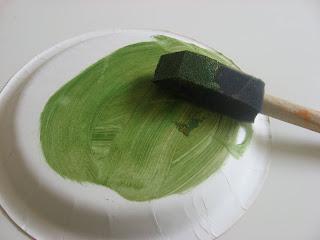 Поделка Черепаха из бумажной тарелки (3)