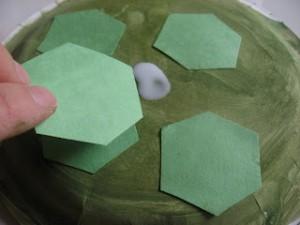 Поделка Черепаха из бумажной тарелки (6)
