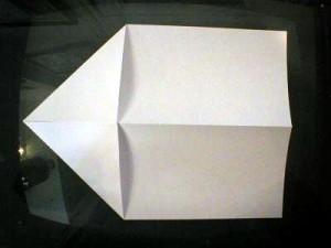 как делать самолетики +из бумаги (6)