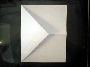 как делать самолетики +из бумаги (5)