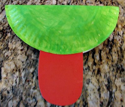 Поделки из одноразовых тарелок - Лягушка (1)