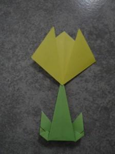 Как сделать цветы оригами - оригами тюльпан схема (7)