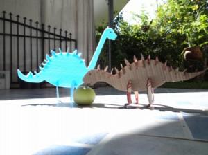 Динозавр из бумаги (2)