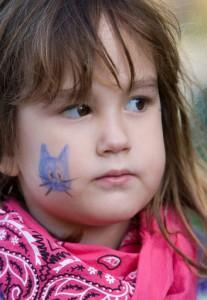 Детский грим – раскрасить лицо на Хэллоуин (8)   Поделки ...