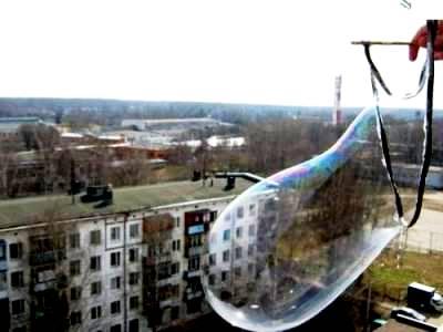 Большие мыльные пузыри - гигантские мыльные пузыри (1)