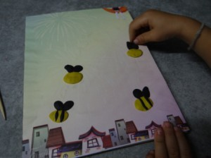 Поделка пчела - рисуем пластилином (4)