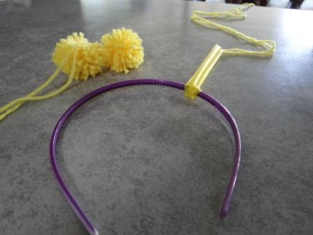 Как делать помпон из ниток - поделки из помпонов (4)