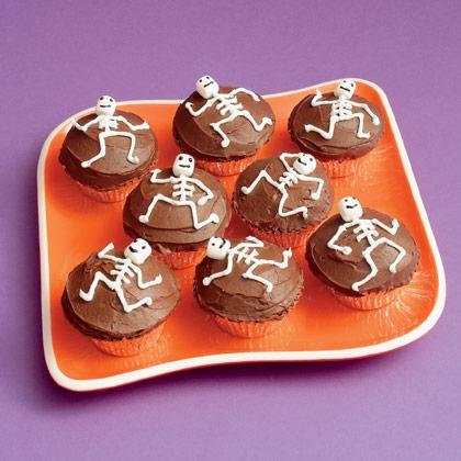 Рецепты на Хэллоуин - Страшные кексы (11)