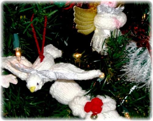Елочные игрушки крючком - вязаные новогодние игрушки (24)