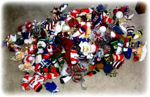 Елочные игрушки крючком - вязаные новогодние игрушки (40)