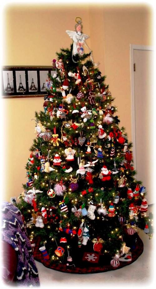 Елочные игрушки крючком - вязаные новогодние игрушки (41)