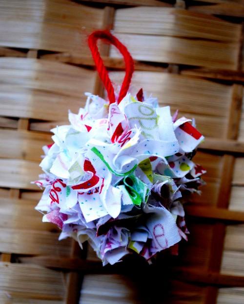 Игрушка новогодняя своими руками - украшения для елки (6)