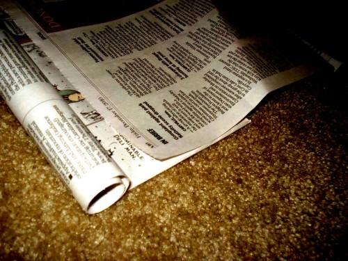 Из чего сделать елку - елка из газет (13)