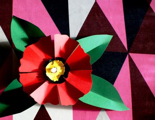 Как делать цветы из бумаги - сделать светильник своими руками (16)