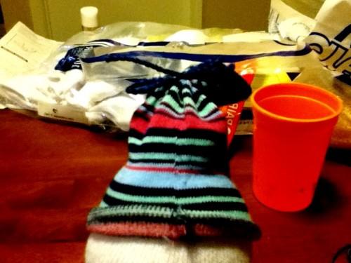 Новогодние игрушки поделки своими руками - снеговики своими руками (26)