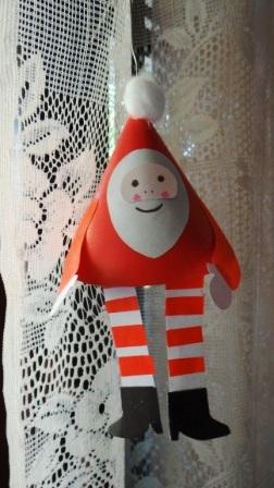 Поделки на Новый год для детей - Новогодний Дед Мороз (8)