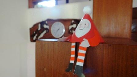 Поделки на Новый год для детей - Новогодний Дед Мороз (7)