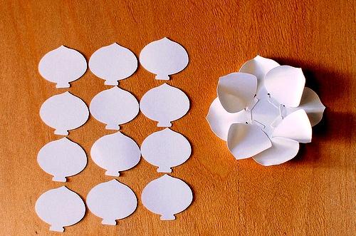 Как сделать цветы своими руками - цветы из бумаги мастер класс (7)