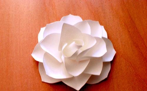 Как сделать цветы своими руками - цветы из бумаги мастер класс (11)