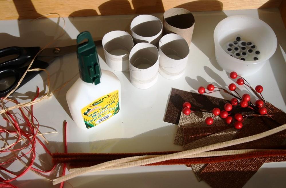 Изготовление новогодних оленей Санта