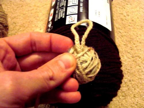 Как делать елочные игрушки - елочные шары своими руками (9)