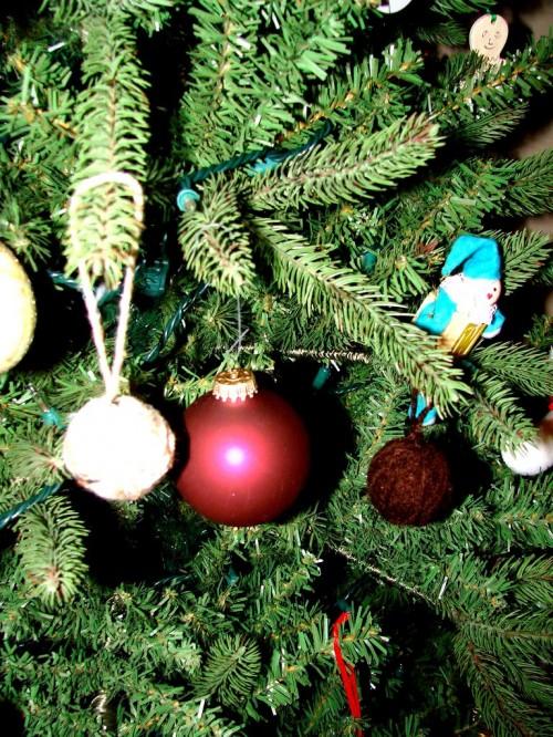 Как делать елочные игрушки - елочные шары своими руками (12)