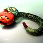 Змея своими руками на Хеллоуин