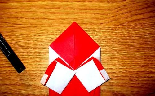 Мастер-класс на Новый Год - оригами Дед Мороз (8)
