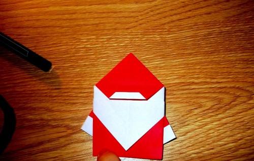 Мастер-класс на Новый Год - оригами Дед Мороз (9)