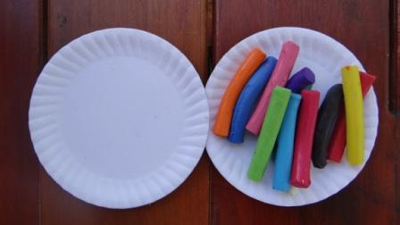 Бабочка из пластилина - поделки из бумажной тарелки (5)