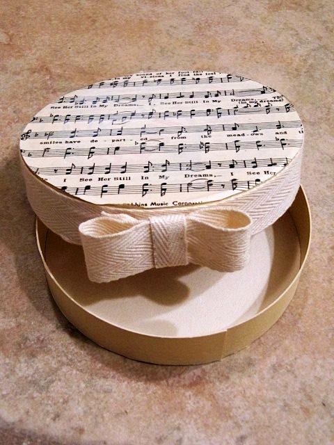 Поделки из коробок - украшение коробок своими руками (13)