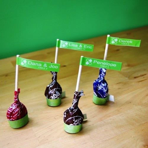 Композиции из конфет - флажки своими руками (1)