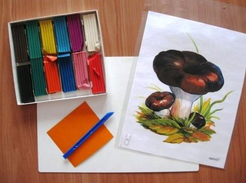Лепка для детей 5-6 лет - Поляна с грибами (1)