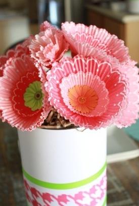 Поделки на 8 марта для детей - поделки из бумаги цветы (12)