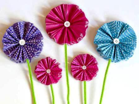 Как сделать своими руками цветы из бумаги (11)