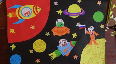 Поделка на День Космонавтики - аппликация космос (3)
