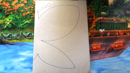Бабочка из пластилина - необычные рисунки (10)