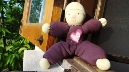 Вальдорфская кукла своими руками - малышка (2)