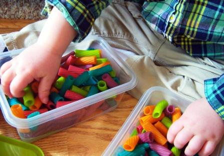 Поделки из макарон для детей (6)