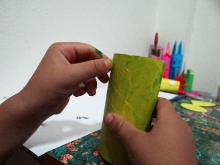 Поделки из туалетных рулонов - Пчёлка Майя (6)